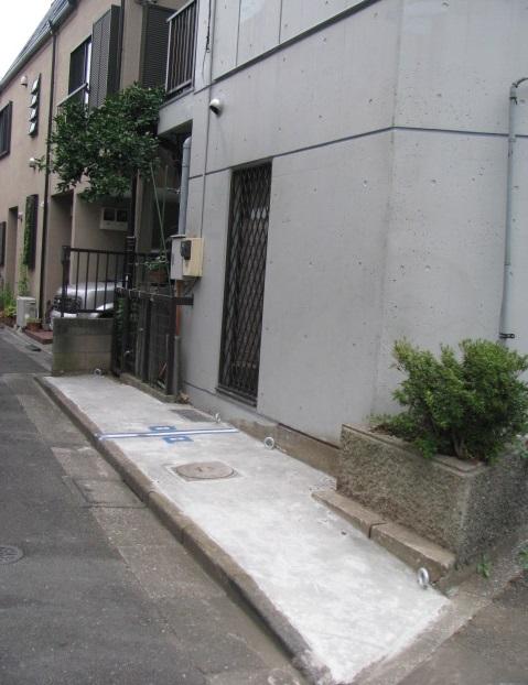 杉並区松ノ木 バイク駐車場