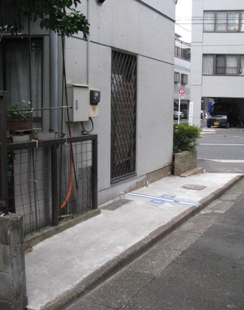 杉並区松ノ木 バイク駐車場画像3